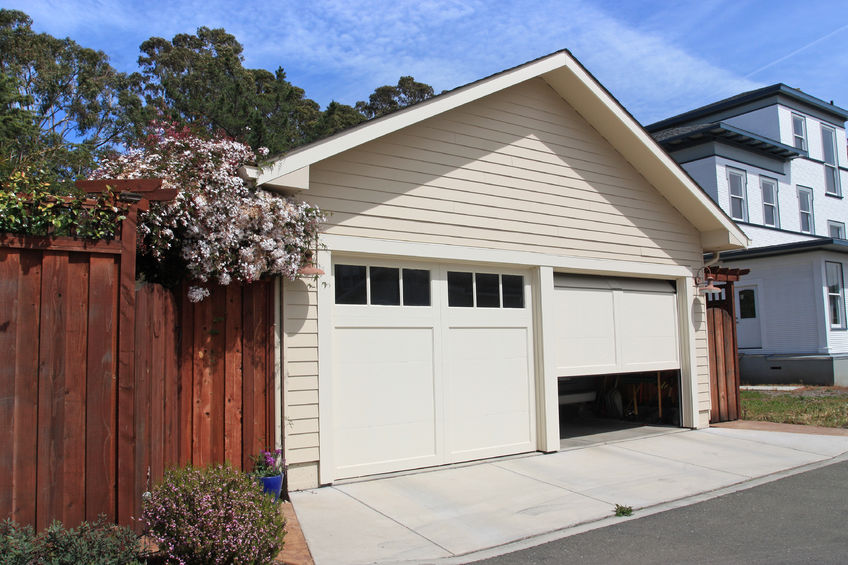 A Professional Garage Door Repair Company Can Help Minimize Or Even Prevent  The Risk Of A DIY Garage Door Repair. A Company Has And Knows What It Takes  To ...